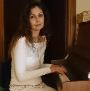 Elisa al piano
